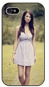 Surelock iPhone 5 / 5s Girl walking on summer day - black plastic case, hot girl, girls