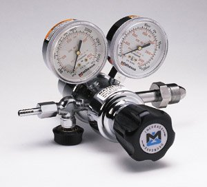 Matheson Dual-Stage Deluxe Brass Regulator, 81H-540, Delivery Pressure 10-125, CGA 540 inlet by Matheson