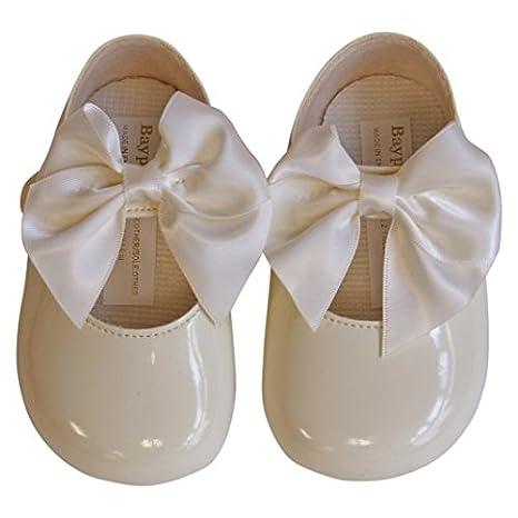 Baby Ivory bow soft baypod pram shoes
