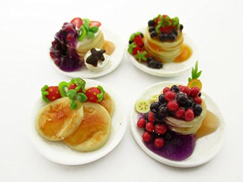 Dollhouse Miniatures Food 4 Ceramic Plates Of Dessert Mixed Pancake Supply 13789