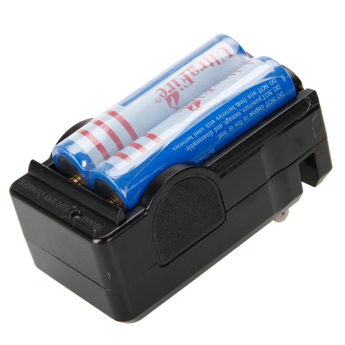 4Pcs 3.7V 18650 3000mah Rechargeable Lithium Battery with Charger
