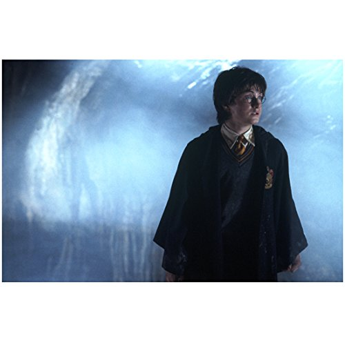 (Harry Potter 8 Inch x 10 Inch Photo Daniel Radcliffe Looking Left Spooky kn)