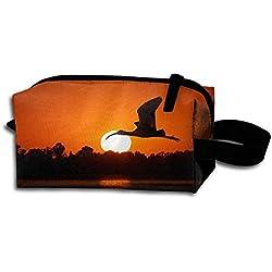 Sunset Fly Nature Animal Portable Travel Dopp Kit Bag Make Up Pouch For Men & Women