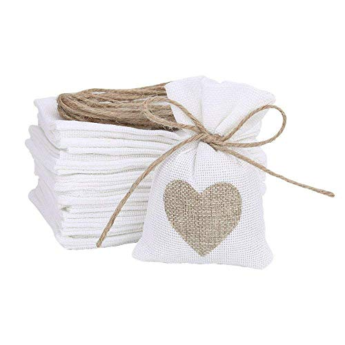 Feihoudei 30 Pack Burlap Bags Gift Pouches Heart Jewelry Pouches Sacks Storage for Wedding Favors, Party, DIY Craft and Christmas, 3.9″ 5.5″