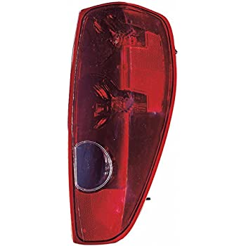 41c%2Bb0CbpvL._SL500_AC_SS350_ amazon com driver side capa tail light chevrolet colorado, gmc 2004 Silverado Tail Light Wiring Diagram at mr168.co