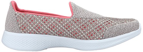 Performance Skechers Donna Andare A Piedi 4 Kindle Slip-on Walking Shoe Taupe / Corallo