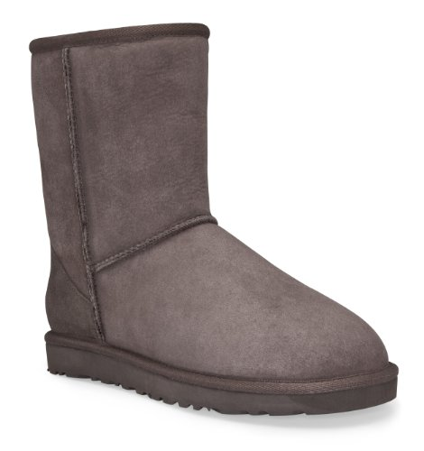 UGG Women's Classic Short Boot chocolate size 7 - Uggs Boots Women Size 7