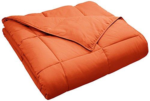 Superior Classic All-Season Down Alternative Comforter with Baffle Box Construction, Full/Queen, Dusty Orange