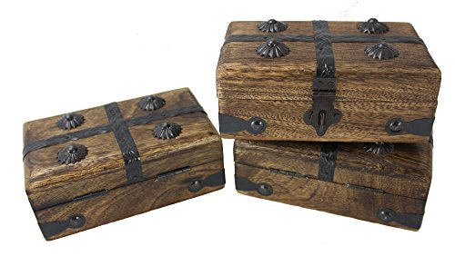 Well Pack Box Wooden Mini Pirate Treasure Chest Box Party 3 Pack (Mini Chest 3 Pack)