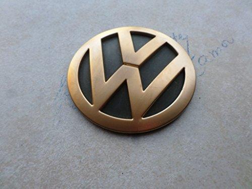 - 01-05 VW Beetle Trunk Rear Logo Emblem Lock Cover Assembly 1C0 853 689