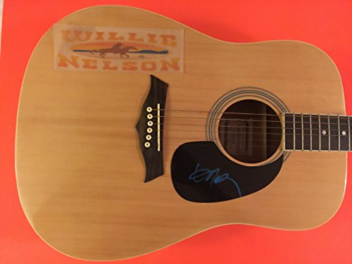 WILLIE NELSON Signed Autograph Guitar