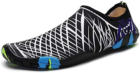 男性と女性のウォーターシューズサーフィンビーチスイミングシュノーケリング速乾性排水通気性のソフトで軽いカップル上流の川のハイキングアウトドアスポーツやレジャー中立的な靴 ポータブル (色 : Black, Size : US10)