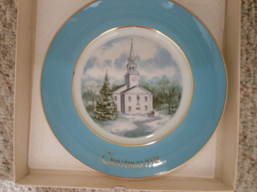 Avon 1974 Christmas Country Church Pl ..