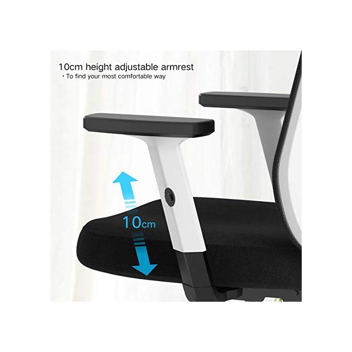 41c7ZVM5 ML Diseño ergonómico: el diseño único imita la columna vertebral humana. El respaldo de la silla puede controlar su postura en cualquier momento, para asegurar la alineación de la columna y el soporte de la postura de la espalda baja y aliviar su dolor de espalda. Varios ajustes: las diversas características de ajuste le brindan un mejor soporte mientras está sentado en nuestra silla ergonómica de oficina. Brazos regulables en altura, soporte lumbar, reposacabezas. Un ángulo de inclinación de 90 a 150 grados. Material de malla transpirable: el material de red diseñado con el asiento con la estructura de aire correcta permite un flujo de aire que proporciona una posición sentada fresca y cómoda. El aire fresco circula a través de la red y mantiene la espalda libre de sudor, lo que le permite sentarse cómodamente en la silla durante más tiempo que las sillas convencionales.