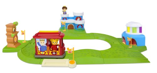 Daniel Tiger's Neighborhood All-in-One - Trolley Deluxe