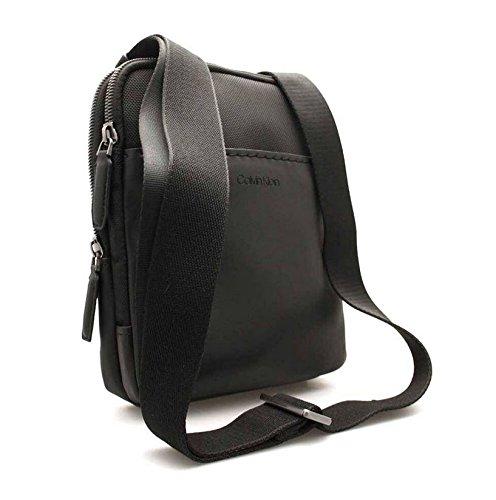 Flat T Tech Crossover A Task X 5x25x20 Uomo Spalla Cm Nero Borse H Multi Jeans Klein black Calvin b wnYX4WIqUY