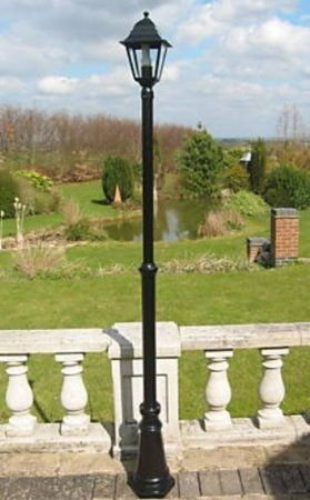 UK Gardens 7ft Victorian Garden Lamp Post Single Head