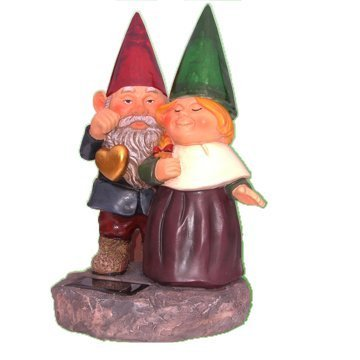 Beautiful Garden Decorative Sweetheart Gnomes holding hearts and flower Solar Light For Yard Stake (Solar Light Holding)