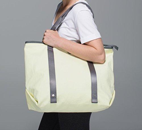 2a84e70131d Lululemon Summer Lovin Tote Bag (Zest) by Lululemon (Image #2)