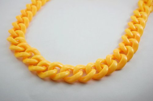 Plastic Chain Link Necklace - 30 Inch Yellow DIY Chunky Chain Plastic Link Necklace Craft (Round)