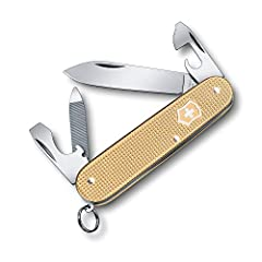 Introducing the Alox Limited edition Cadet for 2019. Now in its fifth consecutive year, the new Cadet is decked out in on-trend gold. This collectible version of the Cadet knife is eye-catching, hardworking and perfectly portable. The champag...