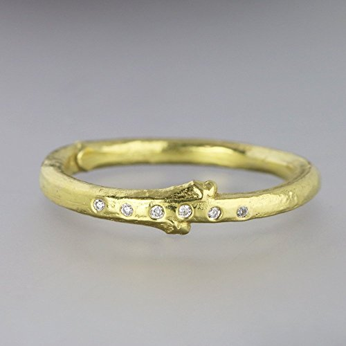 Cut Leaf Lilac - 18k Yellow Gold Lilac Twig Ring with Tiny Diamonds