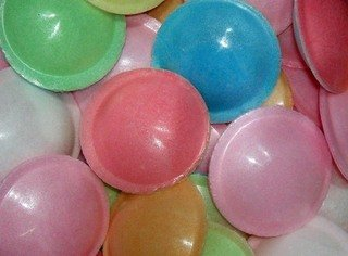 Astra Flying Saucers Full Drum Of 500 Pieces