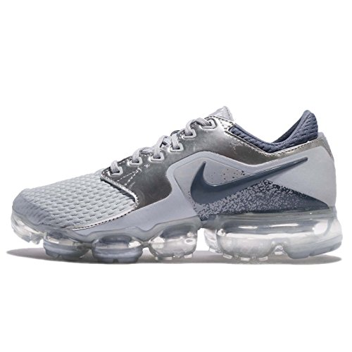 NIKE Kid's Air Vapormax GS, Wolf Grey/Light Carbon, Youth Size 4.5 by NIKE
