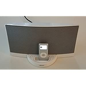 Bose Sound Dock Series 1 Digital Music System For iPod iPhone. Comes With The Power Cord And Remote Controller. (Please Read Condition Details First).