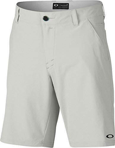 Oakley Men's Stance Two Shorts, 36, Light - Golf Oakley Gear