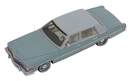 1/43 キャデラック デビル セダン 1977 グレイ PR0171