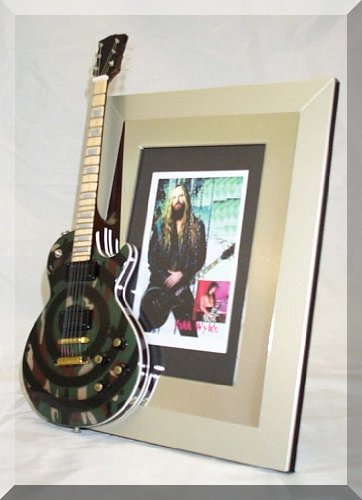 ZAKK WYLDE Miniature Guitar Photo Frame CAMO