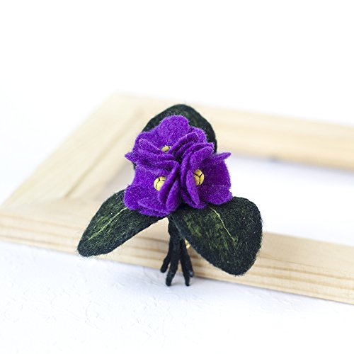 (Violet Brooch Purple Flower Brooch Violet Jewelry Felted Flower Pin Violet Jewelry Cute Brooch Handmade Jewellery for Woman Handmade Gift for Her )