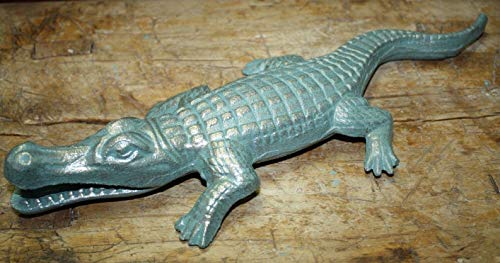 Rustic & Primitive Crafting Supplies was Manufactured to Look Antique Cast Iron Florida Gators Garden Statue Yard Art Pool Home Decor Alligator Pond Inspiration for A Project