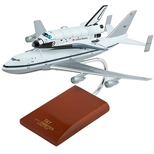 Plane Space Boeing (Mastercraft Collection, LLC Mastercraft Collection Boeing NASA Orbiter B747 with Shuttle Model Scale:1/200)