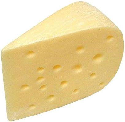 Handgemachte & Naturgetreue Imitation/Lebensmittelattrappe - Käse mit Löchern - Länge: 12cm / Höhe: 9cm