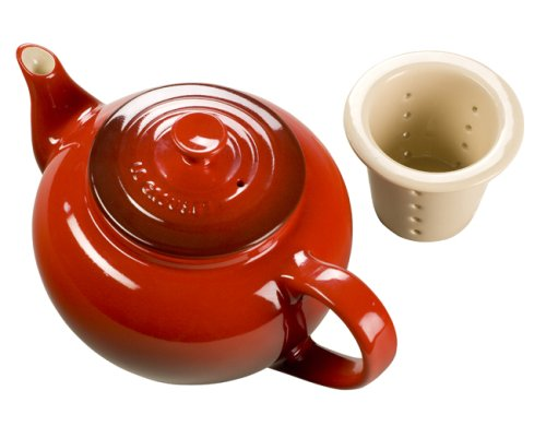 Le Creuset Stoneware 22-Ounce Teapot with Infuser, Cerise (Cherry Red)