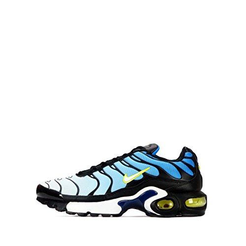 buy popular f0645 b789d NIKE Air Max Plus TN (GS) Youth Sneaker - Buy Online in UAE ...