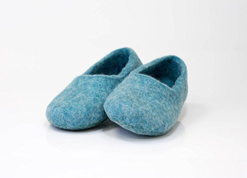e41216d7915 Amazon.com  Turquoise blue woolen slippers handmade from natural felted wool