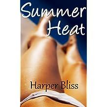 Summer Heat: A Lesbian Summer Romance Story