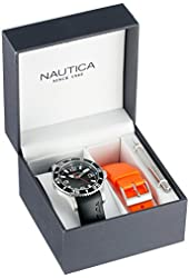 "Nautica Men's N11562G ""NST 07 BOX SET"" Classic Analog Watch"