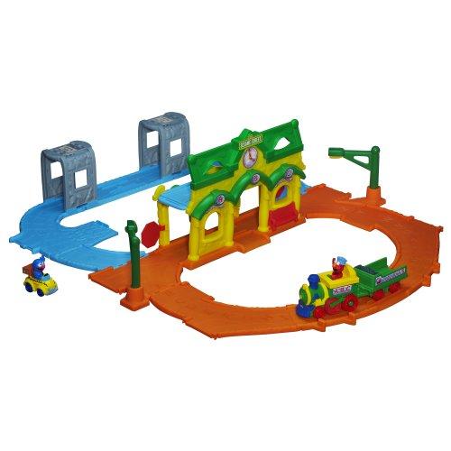 Playskool Sesame Street Elmo Junction Train Set (Playskool Sesame Street Elmo Junction Train Set)
