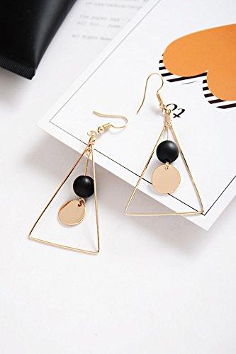 (Gift Woman Geometric Sequins Triangle Necklace Pendant Shell Beads Earrings earings Dangler Eardrop Ear Jewelry Women Girls Korean)