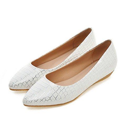 AllhqFashion Damen Ziehen auf PU Leder Spitz Zehe Niedriger Absatz Kariert Pumps Schuhe Weiß