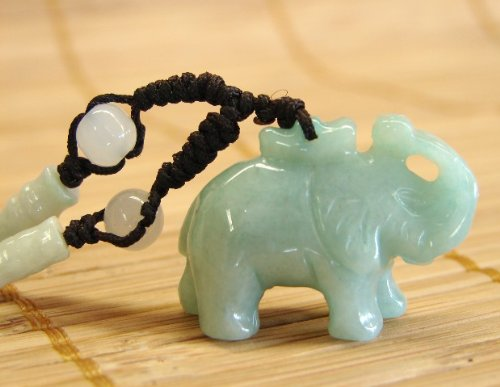 Chinese Green Jade Elephant Necklace with Adjustable String (Pendant Necklace Elephant Jade)