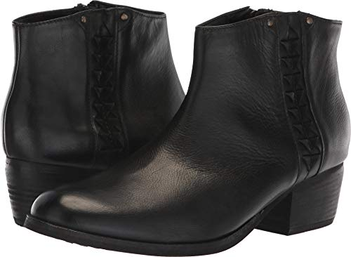 Clarks Women's Maypearl Fawn Fashion Boot, Black Leather, 7.