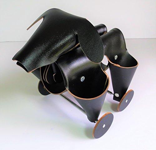 crate-barrel-vaca-valiente-leather-desk-organizer-dog