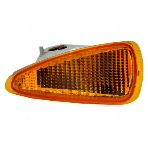 Dat 95 99 Chevrolet Cavalier Except Z24 Models Front Parking Lamp Assembly Left Driver Side Gm2520139