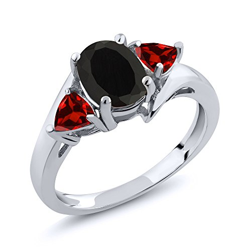 (Gem Stone King Black Onyx and Red Garnet 925 Sterling Silver 3-Stone Women's Ring 1.93 Ct Oval (Size 8))