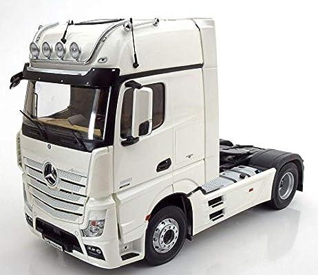1/18 Mercedes-Benz Actros GigaSpace 4X2 WHITE: Amazon com
